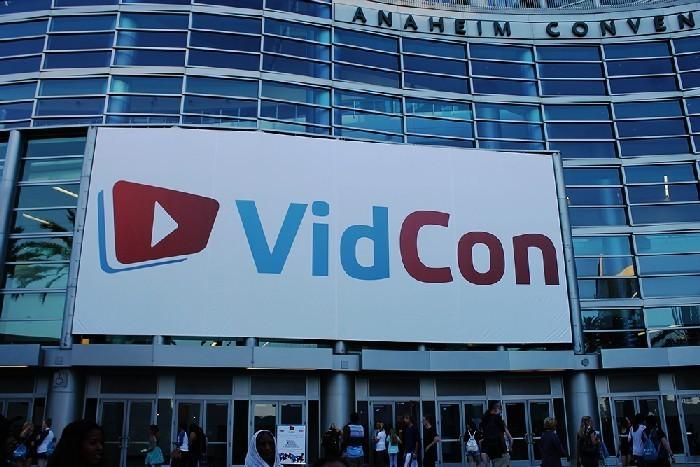 VidCon Sign - Natasha Shaghaghi
